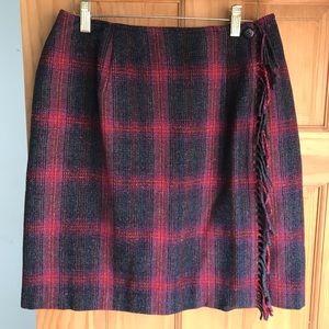 Talbots Winter Mini Skirt 12 NWT Fringed Wrap.