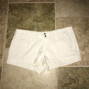 🌸 White Mossimo Jean Shorts 🌸