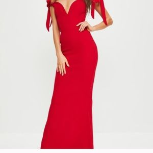 Missguided Bardot red sweetheart maxi 4 nwt