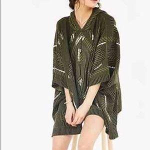 Poncho sweater | Ecote