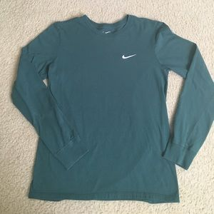 Dark green Nike long sleeve t-shirt