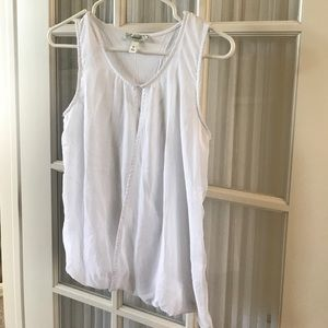 NWOT White lined blouse