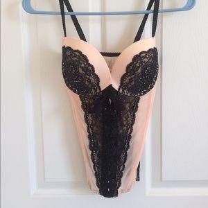 Victoria's Secret lingerie lace up corset bra