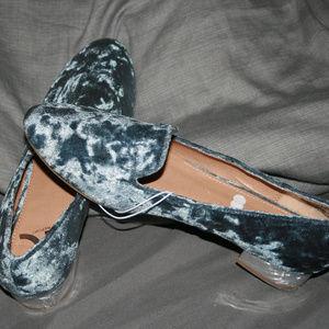 NWOT Report Velvet Loafers Metallic Heel