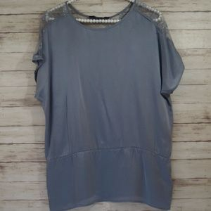 Forever 21 Silk Lace Top M