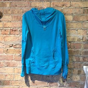 Lululemon blue l/s hooded cowl neck top sz 6 54877