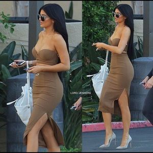 🔥 RARE House of Cb Kylie Jenner Caspiana Dress M