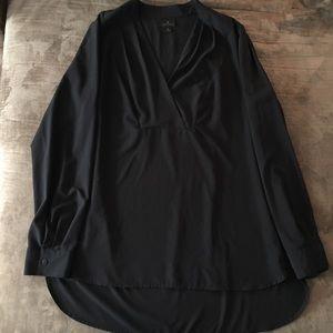 Worthington black vneck long sleeve dress shirt