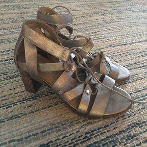 Worn once gold strappy heals