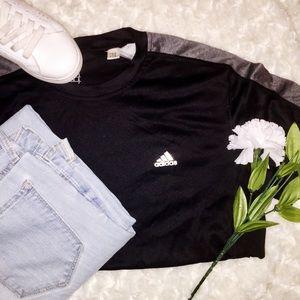 Adidas shirt🏁🖤