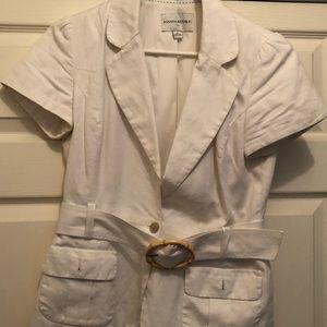 Size 6 Banana Republic white short sleeve blazer.