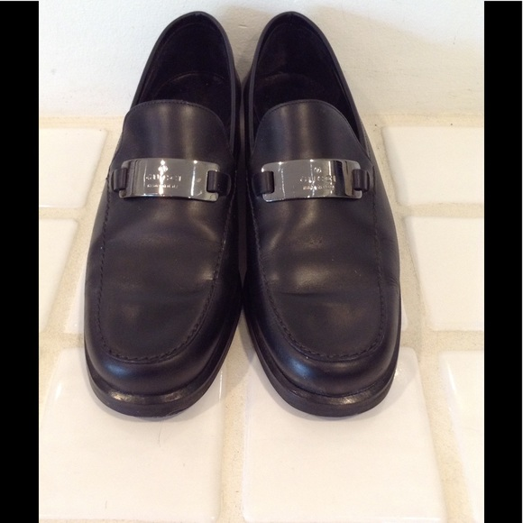 351ae10f802 Gucci Shoes - Women Gucci leather Loafer