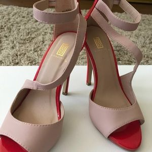 Nude w/red accent high heel