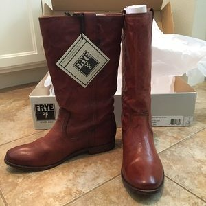 NWT Frye Boots 💝