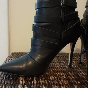 Shoe Dazzle booties