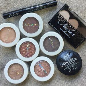 Eye makeup bundle, colourpop, kat von d, etc