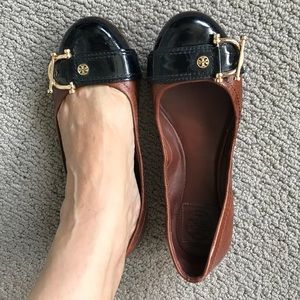 Tory Burch Flats Brown and Black Size 8