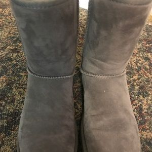 classic gray uggs