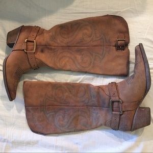 Reba cowgirl boots