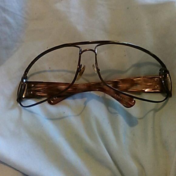 a6ba0a2a7f5 Gucci Other - Gucci Sunglasses w o Lens