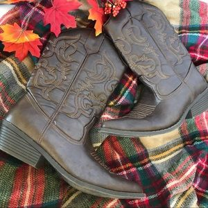 MOSSIMO brown Faux Leather Kaci Cowgirl boots