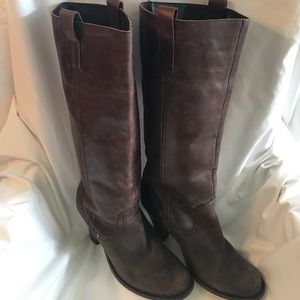 Steve Madden brown leather healed boots sz 9.5