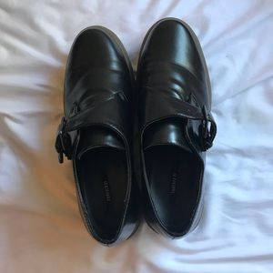 Black Loafer Style Shoes