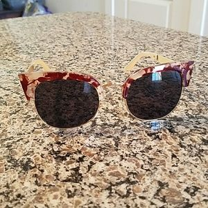 Aj Morgan tortoise shell wayfarer style sunglasses