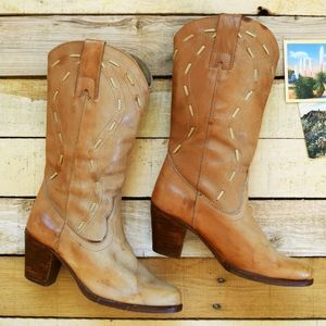 Vintage 60s/70s Women's 6 Distressed Cowgirl Boots