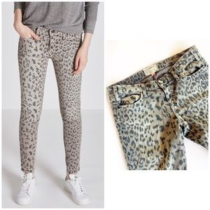 Current/Eliott Stiletto Grey Leopard Jeans 29