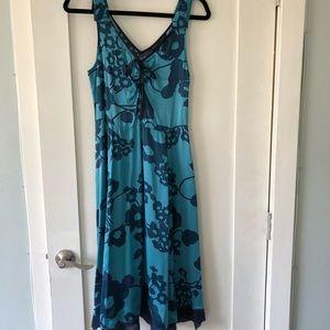 Marc by Marc Jacobs MIDI Dress. Size 2. 100% silk