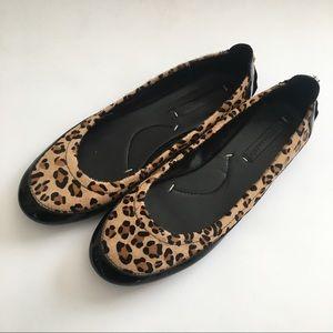 BCBGMAXAZRIA patent leather calf hair leopard Mocs