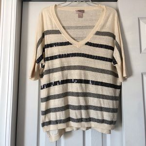 Tan and Gray short sleeve sweater