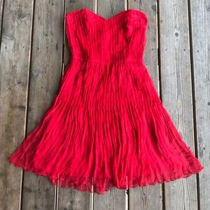 Topshop x Kate Moss strapless pleated red dress ❤️