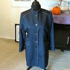 Gorgeous Tahari overcoat