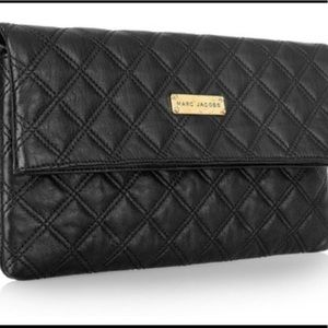 Marc Jacobs clutch - black quilted leather