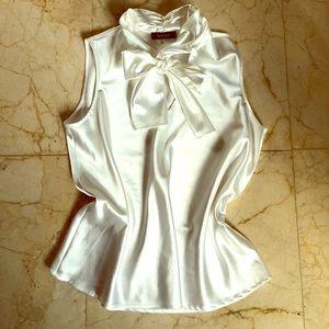 NINE WEST Cream satin blouse tie neck large