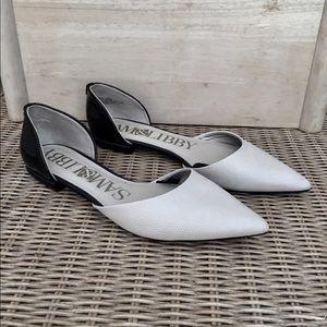 NWOT Sam & Libby Flat Shoes - Tan & Black