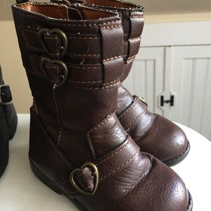 Carters boots size 8