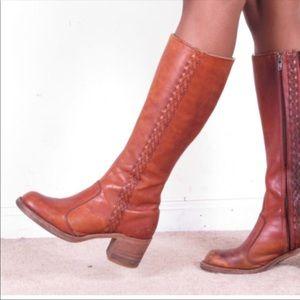 Frye campus cognac  boots 6