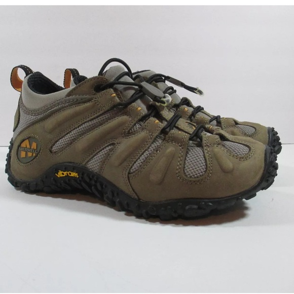 8871150f43 Merrell Chameleon Stretch womens Hiking Shoes. M 59e64d8bb4188e147504ddb5