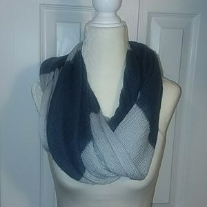 American Eagle Outfitters Two Toned Blue Scarf