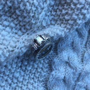 Jewelry - Engagement ring and band