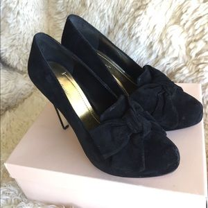 BCBGeneration persia suede bow heels