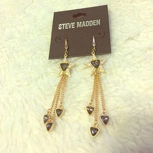 Steve Madden gold star earrings NEW