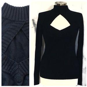 Longsleeve Black Sweater