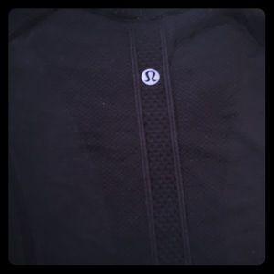 Lululemon dry fit top