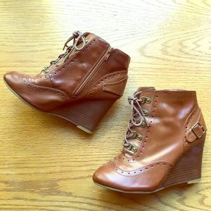 Chinese Laundry Wedge Bootie
