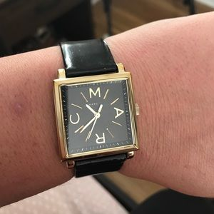 Marc Jacobs Sqaure Face Leather watch