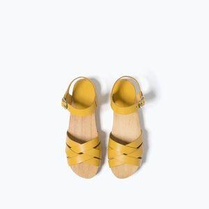 Zara Kids Sandals size:6